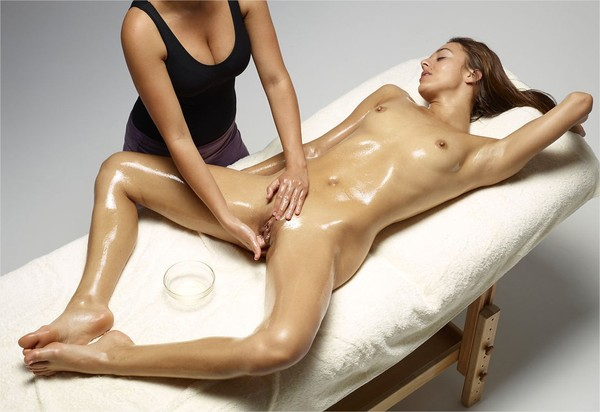 massage naturiste  mains Saint-Louis